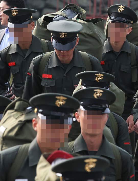 http://nimg.nate.com/orgImg/kh/2011/04/29/2011042901000036.jpg