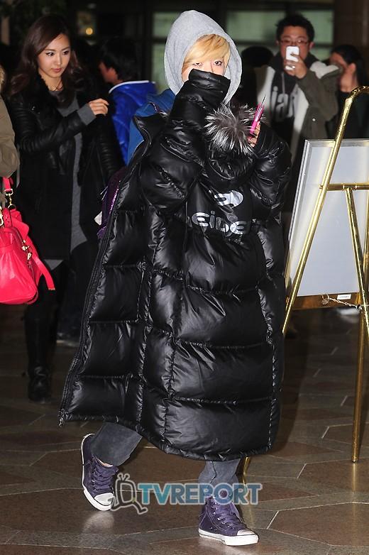 http://nimg.nate.com/orgImg/tr/2011/12/18/20111218_1324206820_48534600_1.jpg