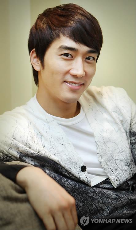 [27.02] Song Seung Hun (My Princess) pour Yonhap News PYH2011022601750001300_P2